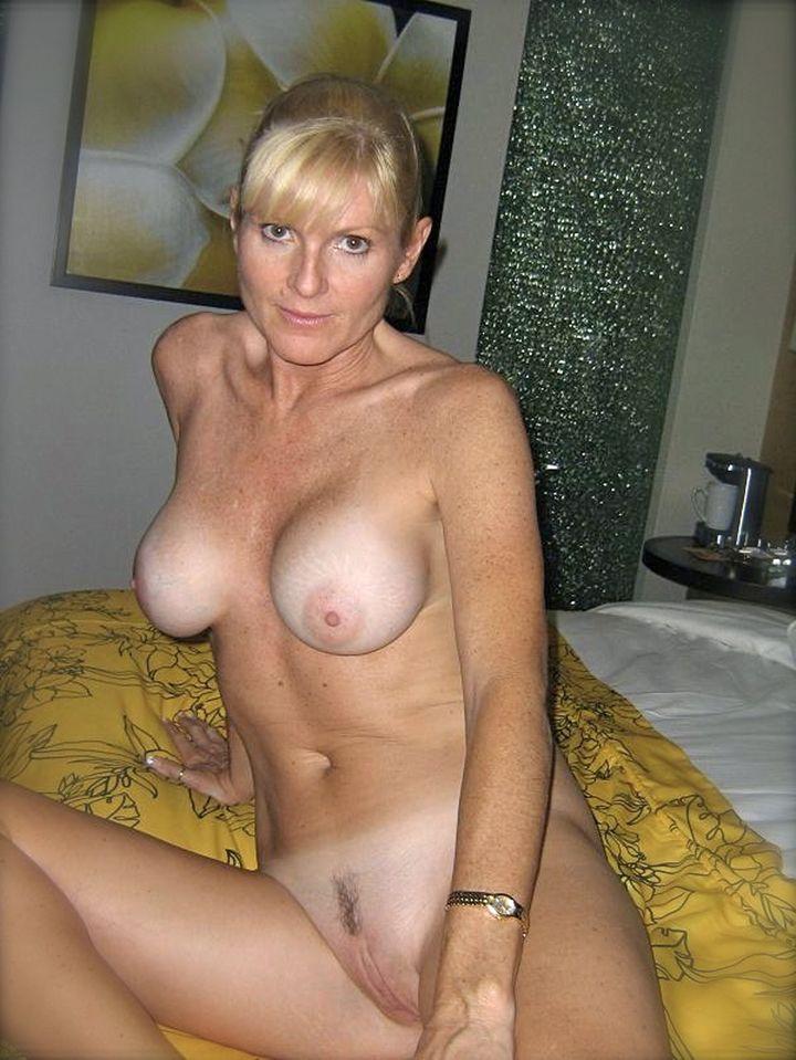 фото голых частные взрослых женщин смотреть