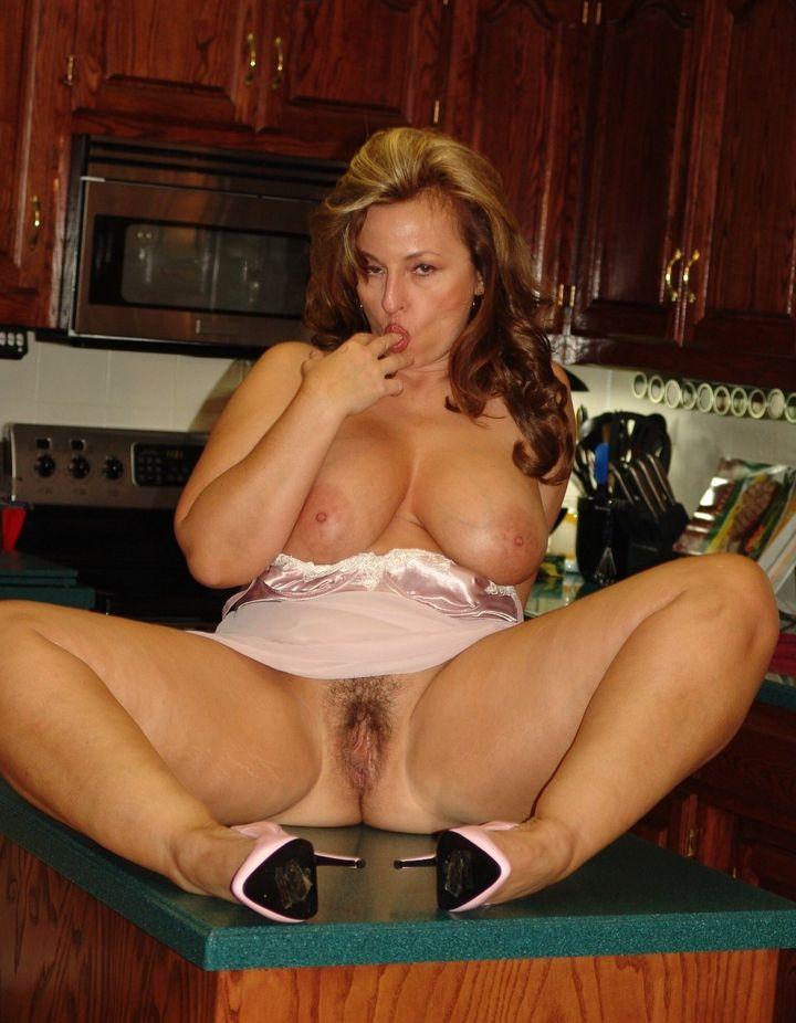 Порно пышные дамы голые фото 18246 фотография