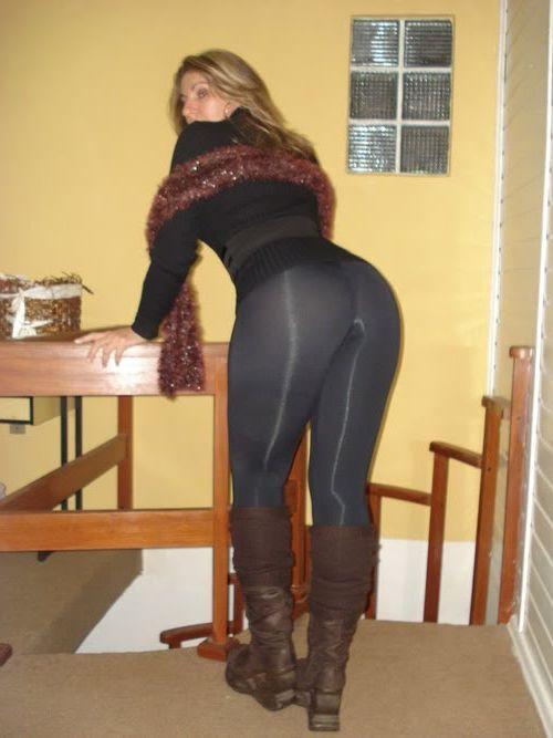 порно жена в лосинах