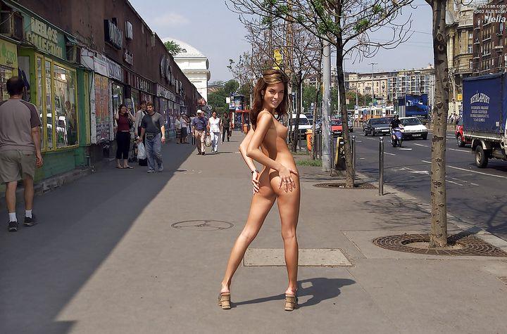 фото стриптиз на улице